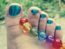 Blue Toes  Rainbow Beads by Skysofdreams