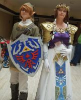 Link and Zelda - Animecon 2014 by Miharichu-Emi