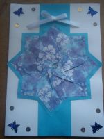 Blue floral rosette card by Ilyere