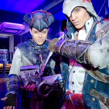 AC III -Connor and Aveline at AC III release party by RBF-productions-NL