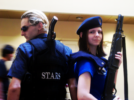 Resident Evil Couple Cosplay by Moyiacat31