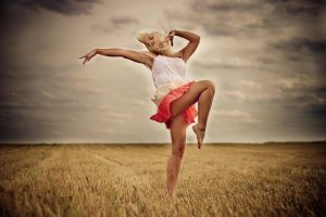 When we're dancing in the wind by LiStroeh
