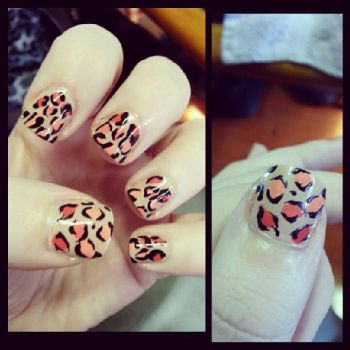 Ombre Girly Leopard Nails by Damaged-4-Lyf