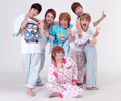 cute b2st in Pjs by Ajy-chan