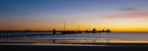 Sunrise at Puerto Madryn III by charlomer