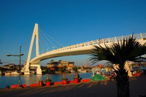 Lover's Bridge (day time) by esee
