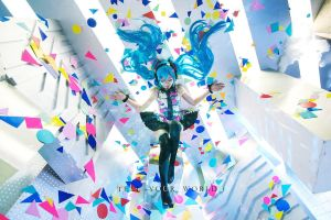 Miku Hatsune10_VOCALOID by AMPLE-COSPLAY