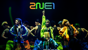 WALLPAPER.~ 2NE1_NEW EVOLUTION 1st WORLD TOUR by Solita-San