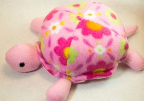 Pink Turtle by BeeZee-Art