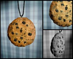 Cookie pendant by MetalCams