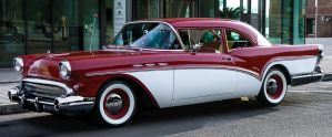 Very nice Buick by cmdpirxII
