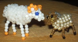 Beaded sheep by Anabiyeni