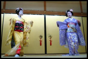 Maiko Dance by accumulate