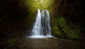 Hidden Spring Falls by jaelise