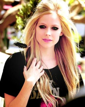 Avril in my ID by imabitchsowhat