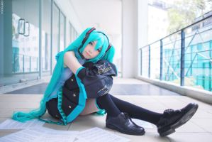 Hatsune Miku-Default by wisely84