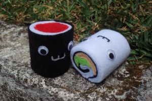 Sushi rolls by ooCottonCandyoo