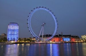 London Eye - London by ThomasHabets