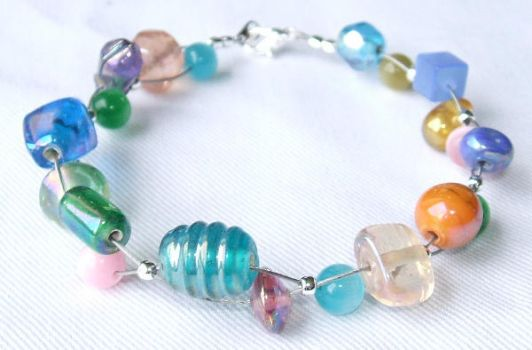 Multi-coloured bracelet by inchworm