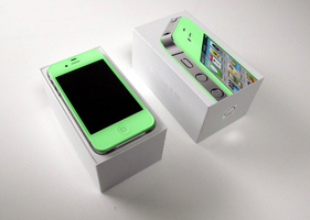 Mint Green iPhone 4S by xXmatt69Xx1