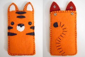 Tiger iPod Touch Cozy by Skizzarah