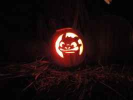 Toothless Pumpkin Lit Up by CantateDomino