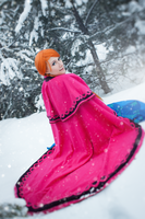 Do you wanna build a snowman? by dragonanjo