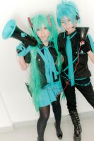 Miku and Mikuo ELR by Razhensia
