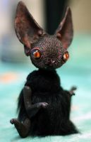 bat creature by da-bu-di-bu-da