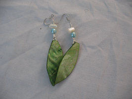 Crafted Nacre Earrings 2 by sampdesigns