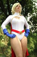 Power Girl by mandamiani