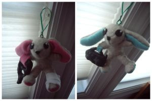 Happy Holidays Bunny Ornaments by VesteNotus