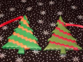 Comissioned Christmas Trees Red/Gold by Eldessia
