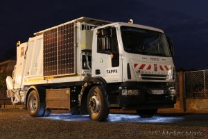 The first Hungarian full electric garbage truck by LAtelierMark