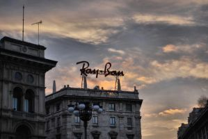 Ray-Ban in Duomo by DeaVanesium