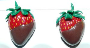 Strawberries with chocolate by RODOTHEA