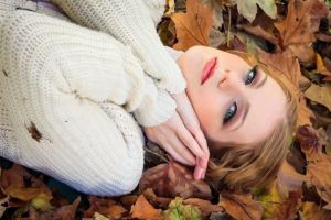Autumn leaves by antoanette