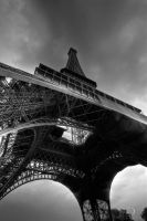 Eiffel Tower BW by Linkineos
