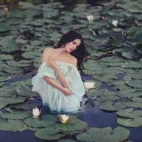 Naiad by Anette89