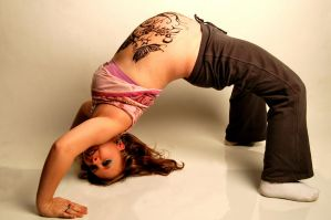 Henna Bella 9 back bend by Dracornasus