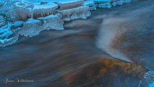 Icy waterscape by zipfileART