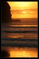 Piha Sunset - 6 by Ildefonse