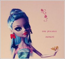 A Precious moment for Ghoulia Yelps by marjol3in1977
