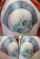 julians skull by hoviemon