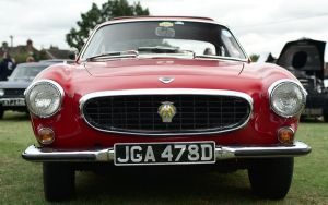 Volvo 1800S, front by FurLined