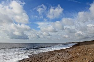 Cloudy shoreline by muzzy500