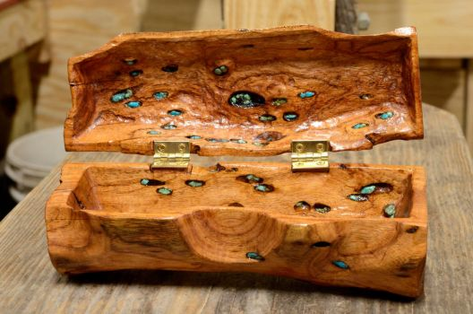 Mesquite Log Jewelry Box Open by lamorth-the-seeker