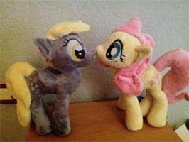 My little Pony - Derpy and Fluttershy Plushie by SakuSay