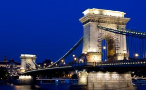 Szechenyi Chain Bridge at BlueHour by kalmarn