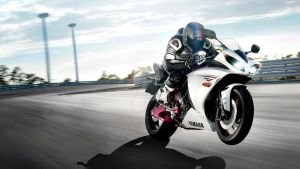 Yamaha R1 Super Bike by LeonardoTrindade